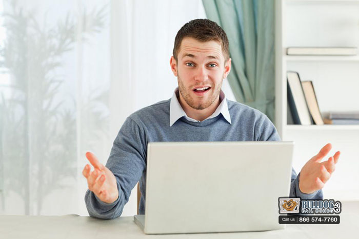 The Credibility of Online Reviews