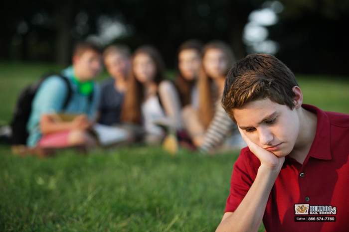 Early Warning Signs that Your Kid Has Encountered a Cyberbully